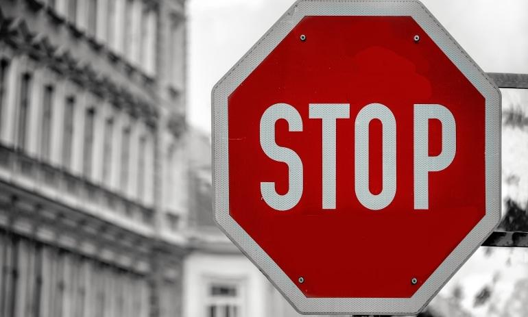 Sintomas do perfeccionismo no trabalho e suas falhas